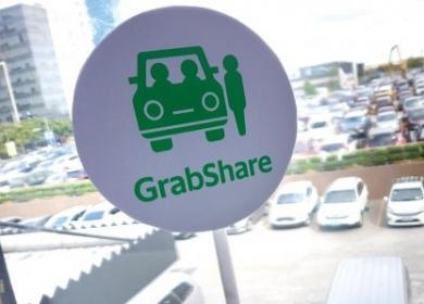Hà Nội yêu cầu dừng dịch vụ đi chung xe của Grab, Uber