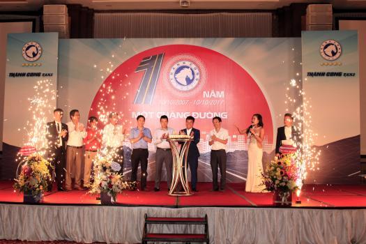 Kỷ niệm 10 năm thành lập Taxi Thành Công
